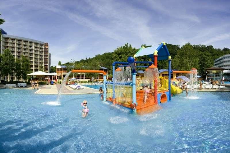 Sejur Bulgaria Vara 2017 Albena HOTEL SANDY BEACH 3*