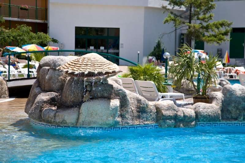 Sejur Bulgaria Vara 2017 SUNNY BEACH HOTEL LION 4*