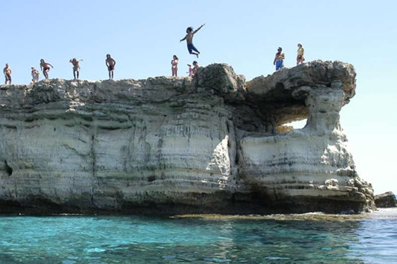Sejur Cipru Ayia Napa iulie bilet de avion si hotel inclus