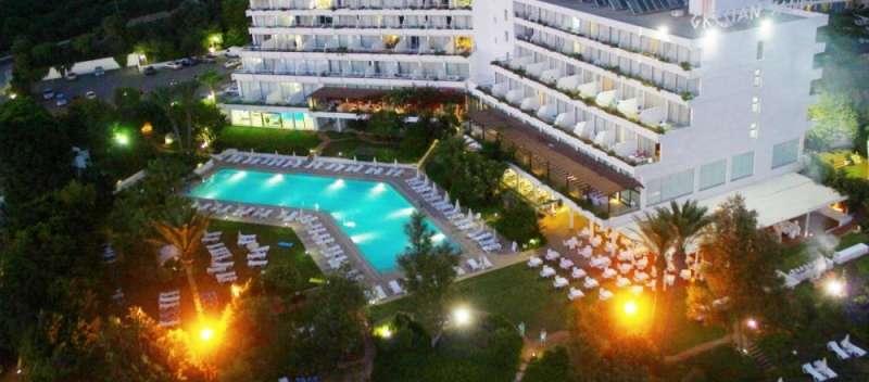 Sejur Cipru Ayia Napa octombrie bilet de avion si hotel inclus