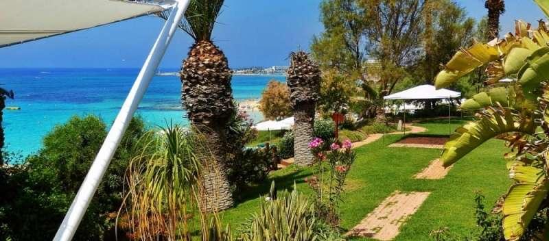 Sejur Cipru Ayia Napa septembrie, bilet de avion si hotel inclus