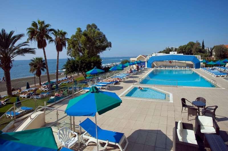 Sejur Cipru Limassol august 2018 bilet de avion si hotel inclus