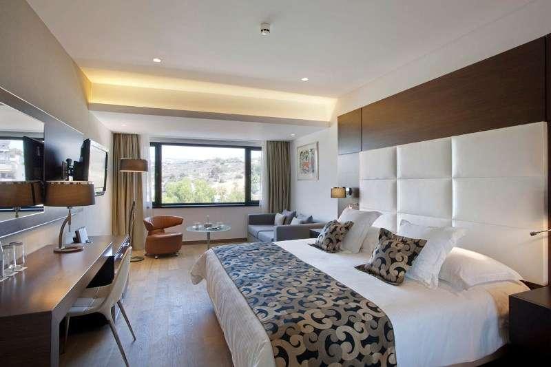 Sejur Cipru Limassol iulie 2018 bilet de avion si hotel inclus