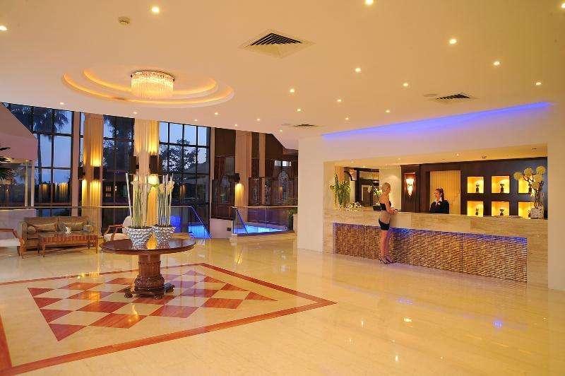 Sejur Cipru Limassol octombrie 2017, bilet de avion si hotel inclus