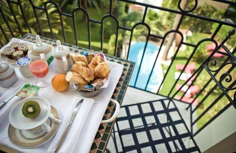 Sejur Coasta de Azur Cannes noiembrie bilet de avion si hotel inclus