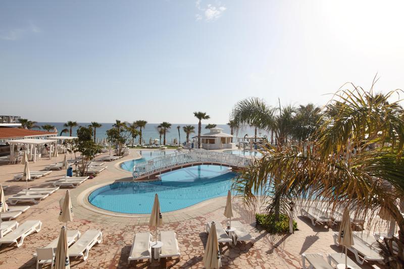 Sejur Coasta de Azur Cannes septembrie 2018, bilet de avion si hotel inclus