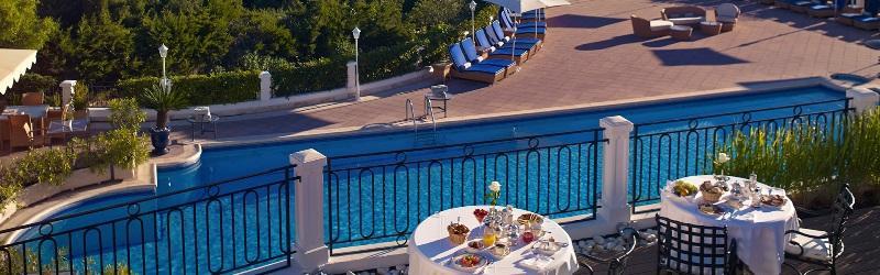 Sejur Coasta de Azur Saint Tropez iulie bilet de avion si hotel inclus