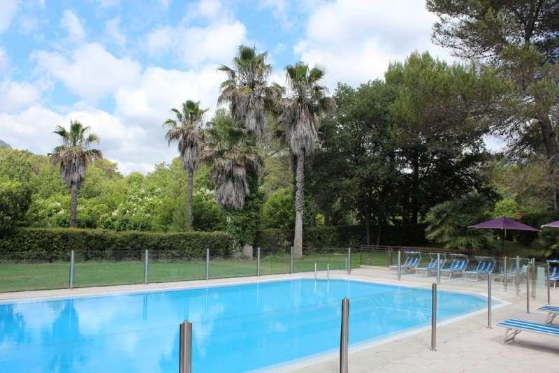 Sejur Coasta de Azur Saint Tropez noiembrie bilet de avion si hotel inclus