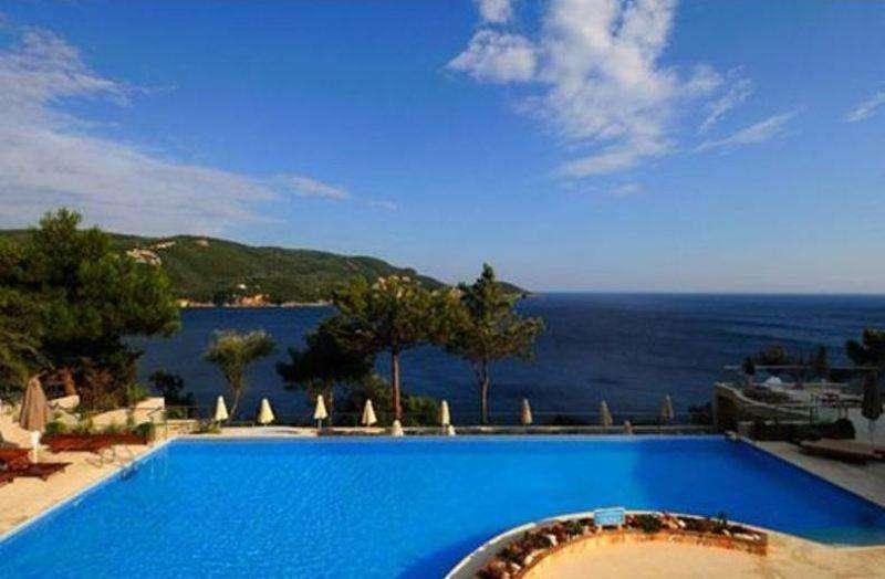 Sejur Corfu Grecia autocar Hotel FEAKION GOUVIA