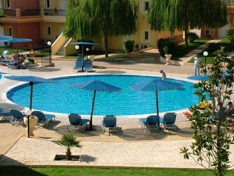 Sejur Corfu Grecia autocar RODA BEACH RESORT & SPA 5*
