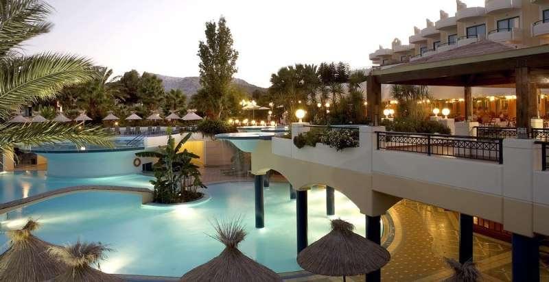 Sejur avion Corfu Grecia 2018 oferta Hotel Aeolos Beach Resort (Perama) 4*