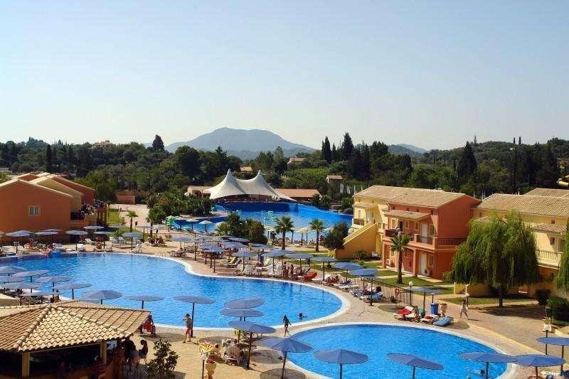 Sejur Corfu iulie 2018 bilet de avion si hotel inclus