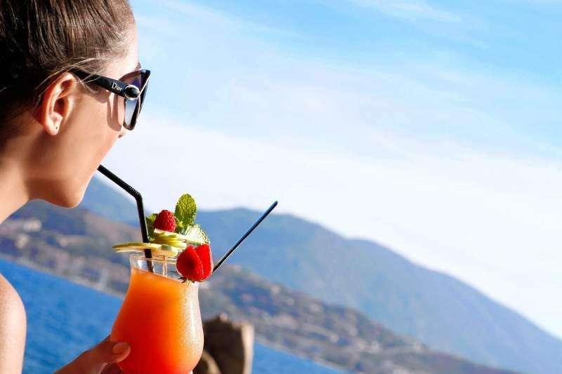 Sejur Corsica august 2017 bilet de avion si hotel inclus