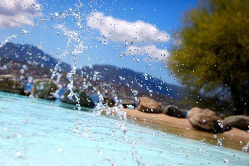 Sejur Corsica august bilet de avion si hotel inclus