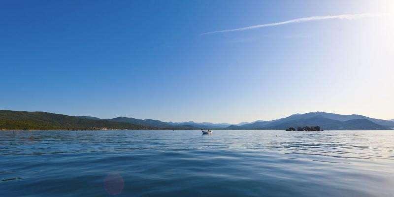 Sejur Corsica iunie 2018 bilet de avion si hotel inclus
