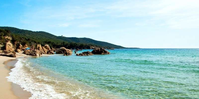 Sejur Corsica octombrie 2018 bilet de avion si hotel inclus
