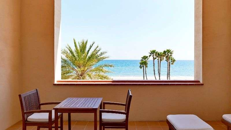 Sejur Costa Dorada martie bilet de avion si hotel inclus