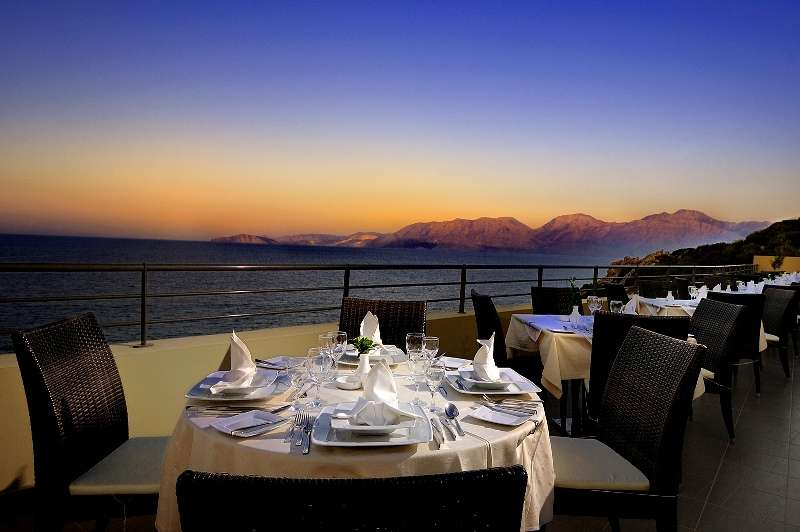 Sejur avion Creta Grecia 2017 oferta Santa Marina 3*