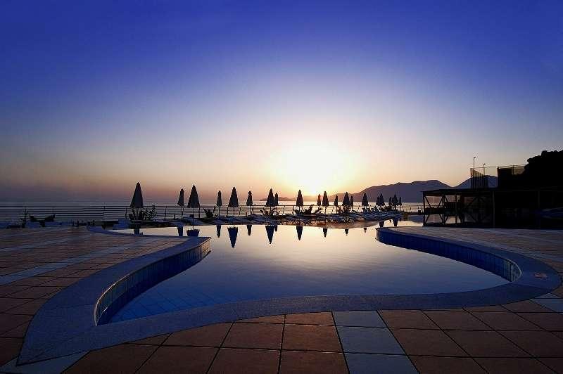 Sejur Creta iulie 2018 bilet de avion si hotel inclus