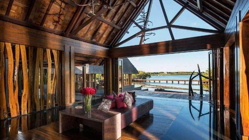 Sejur exotic Mauritius octombrie 2017 aprilie 2018 Hotel Paradise Cove Boutique 5*