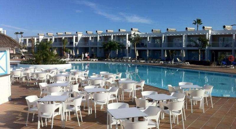 Sejur Fuerteventura aprilie 2018 bilet de avion si hotel inclus