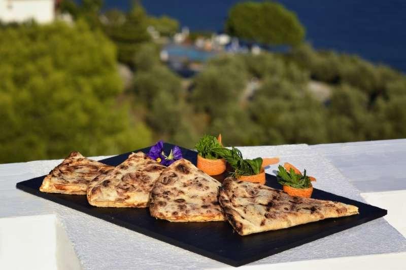 Sejur Grecia Skiathos iunie 2018 bilet avion, hotel si taxe incluse