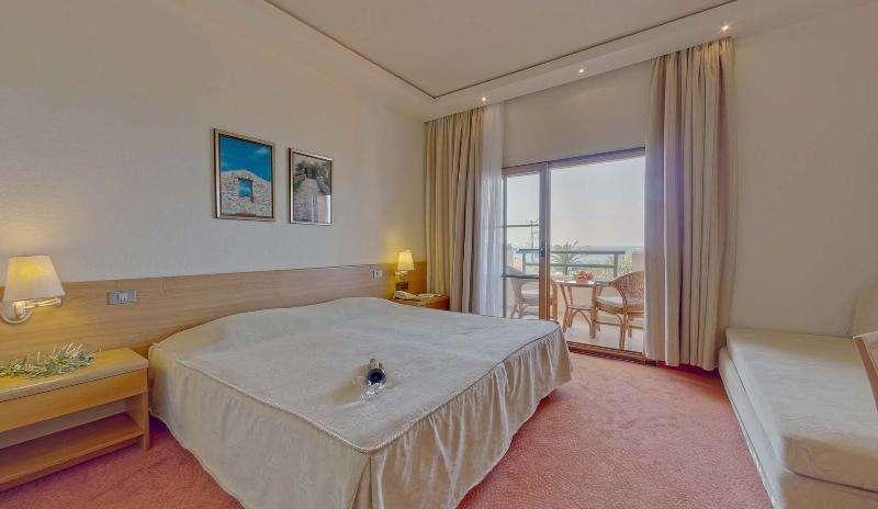 Sejur Halkidiki Grecia individual Hotel Antigoni Beach 4*