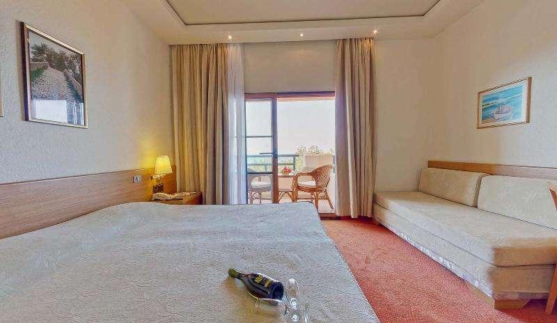 Sejur Halkidiki Grecia individual Hotel Hanioti Grand 3*