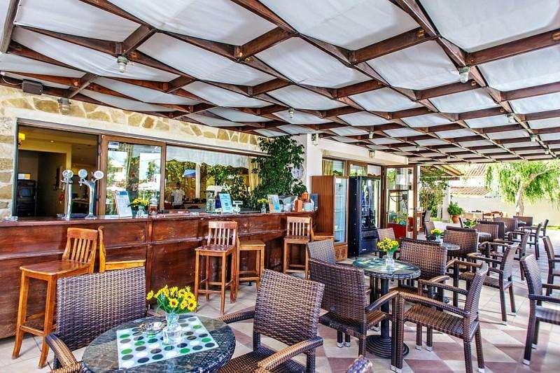 Sejur Insula Creta Chania avion Hotel Adelais