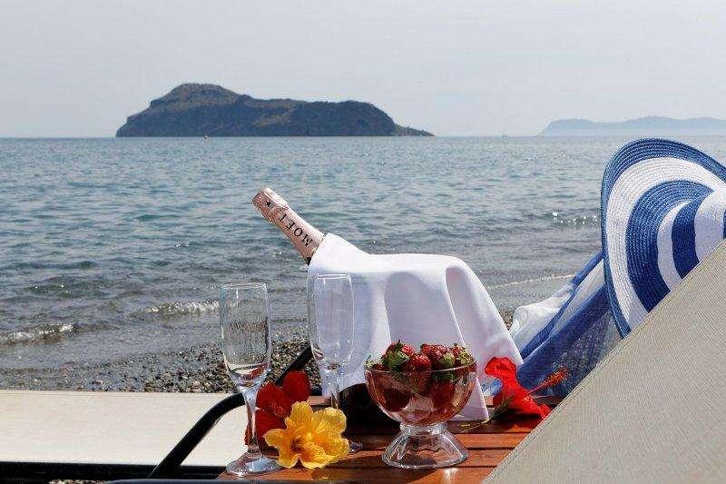 Sejur Insula Creta Chania avion Hotel Indigo Mare