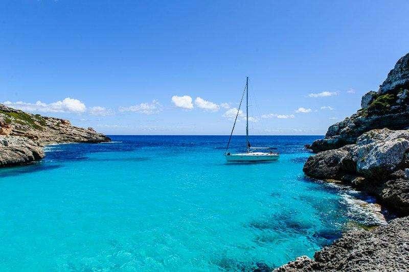 Sejur Insula Elba aprilie 2018 bilet de avion si hotel inclus