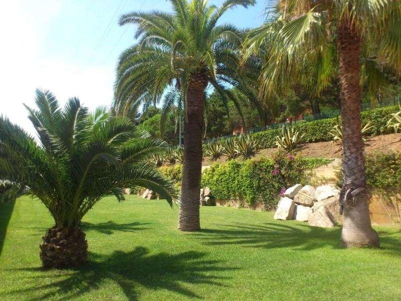 Sejur Insula Elba luna iunie bilet de avion si hotel inclus