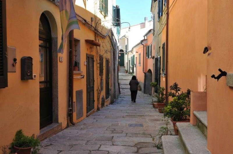 Sejur Insula Elba octombrie 2017 bilet de avion si hotel inclus