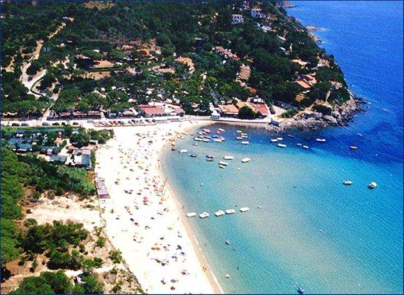 Sejur Insula Elba  octombrie bilet de avion si hotel inclus