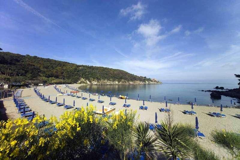 Sejur Insula Ischia aprilie Paste 2018 bilet de avion si hotel inclus