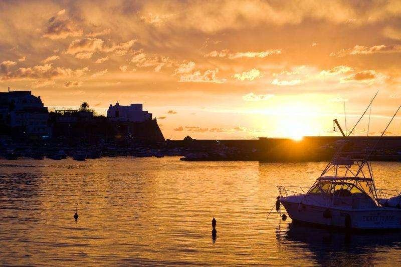 Sejur Insula Ischia luna iunie bilet de avion si hotel inclus