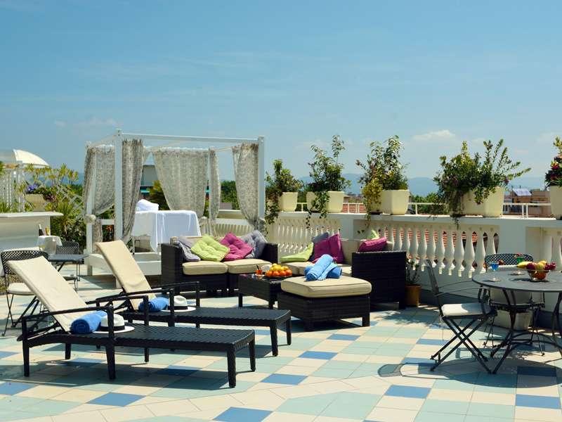 Sejur Italia Cinque Terre august,bilet de avion si hotel inclus