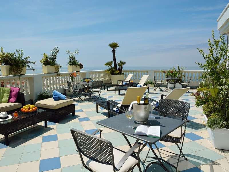 Sejur Italia Cinque Terre iulie bilet de avion si hotel inclus