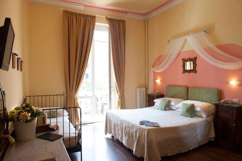 Sejur Italia Cinque Terre octombrie 2018 bilet de avion si hotel inclus