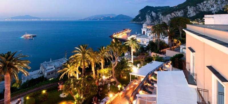 Sejur Italia Insula Capri octombrie 2018 bilet de avion si hotel inclus