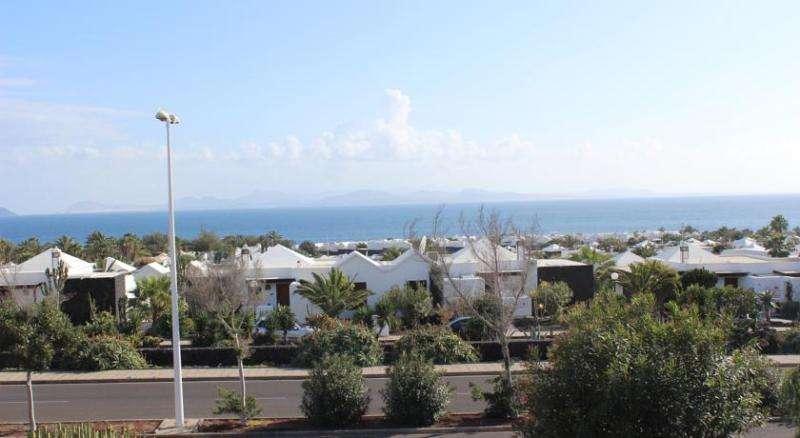 Sejur Lanzarote mai 2018 bilet avion, hotel si taxe incluse