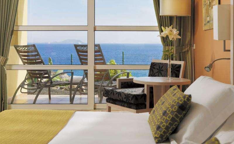 Sejur Lanzarote august bilet de avion si hotel inclus