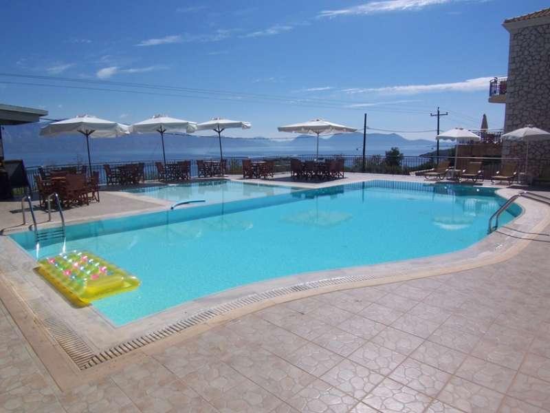 Sejur avion charter Lefkada Grecia 2018 oferta Hotel Agios Nikitas 3* Mic dejun
