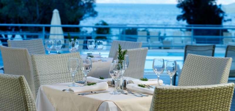 Sejur Lefkada Grecia individual Hotel Avra Beach (Nidri) 3*