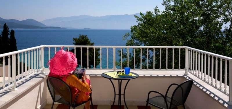 Sejur Lefkada Grecia individual Hotel Delfini (Nidri) 2*