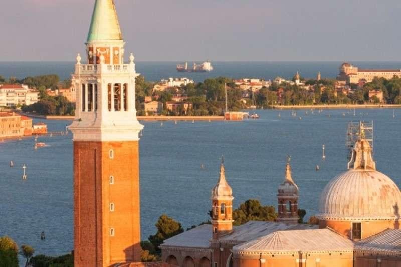 Sejur Lido di Venezia august 2018, bilet de avion si hotel inclus