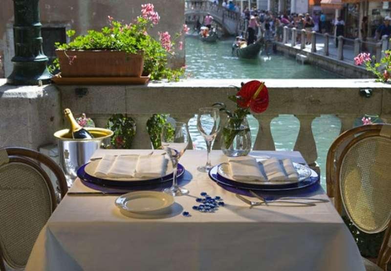 Sejur Lido di Venezia august�bilet de avion si hotel inclus