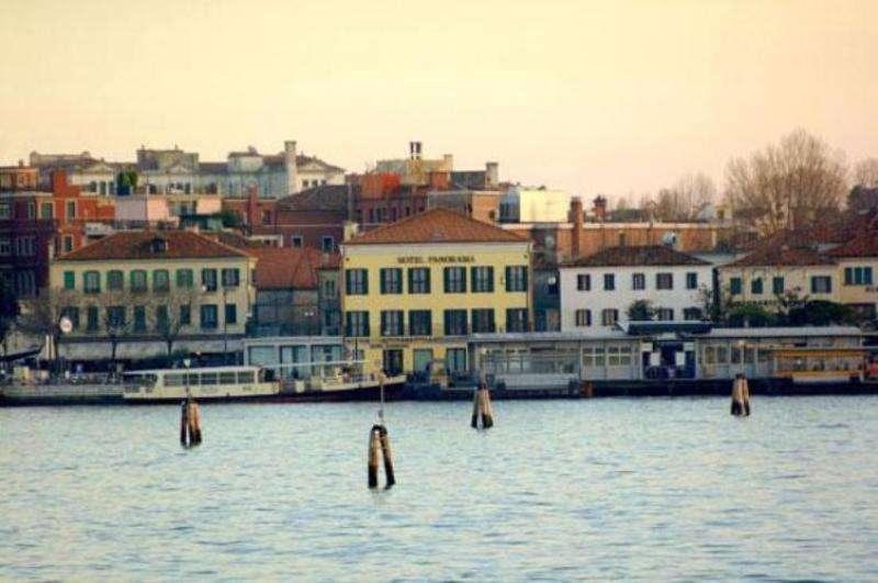 Sejur Lido di Venezia iulie bilet de avion si hotel inclus