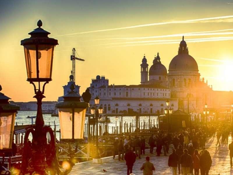 Sejur Lido di Venezia septembrie 2018, bilet de avion si hotel inclus