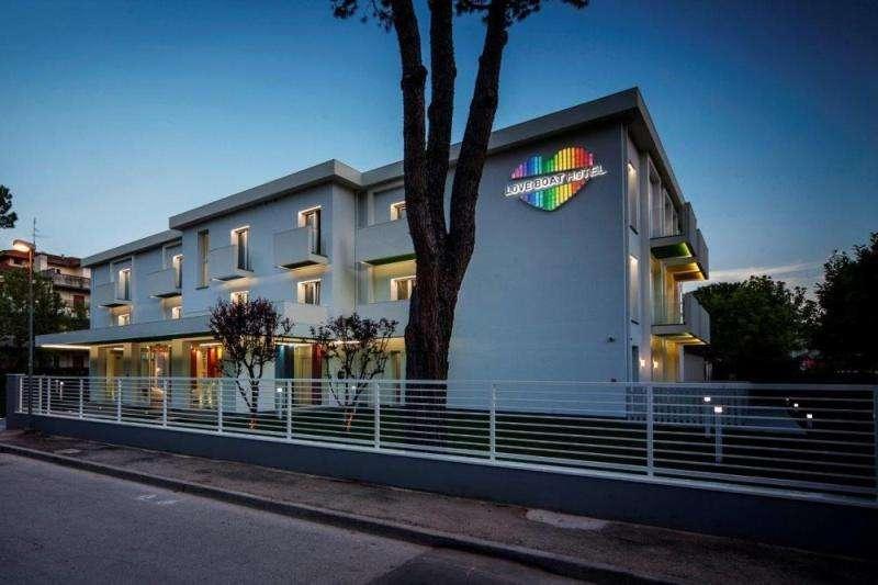 Sejur Litoral Rimini aprilie 2018 bilet de avion si hotel inclus